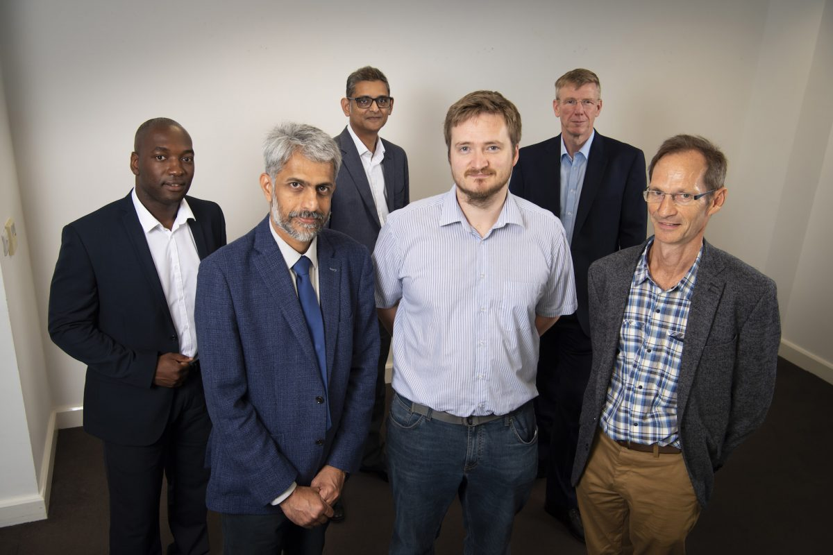 University spin-out with new way to make stronger mobile screens secures £600k funding